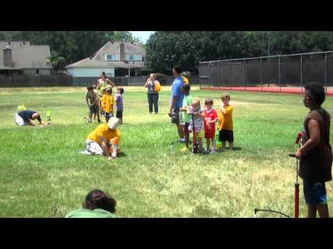 Pack 1332 Water Rocket Launch