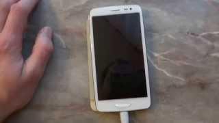 Reklamace Robert Kliment iNew i3000 telefon nejde zapnout, až po vyjmutí a vložení baterie