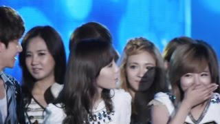 Repeat youtube video SNSD finds out if Baekhyun likes Taeyeon 120825