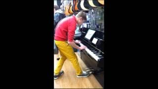 Отрывок Реквием по Мечте на пианино YAMAHA