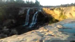 Amritdhara waterfall-manendragarh,Best picnic-spot for Koria n Surguja District.mp4