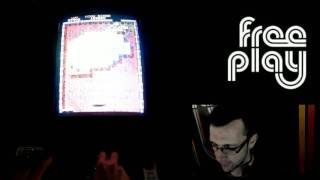 Tournament Arkanoid with an idiot