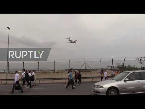 Spain: Catalan protesters block road to Barcelona airport