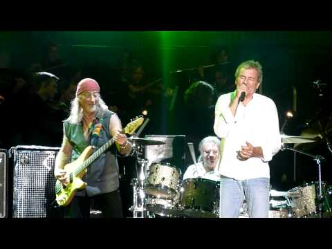 Deep Purple & Orchester - Smoke on the Water - live in Dresden am Elbufer 2011