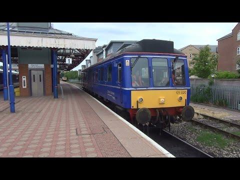 (HD) Chiltern Railways Class 121
