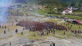 Video Heboh...!! Perang Suku Di PAPUA Part 2 download MP3, 3GP, MP4, WEBM, AVI, FLV September 2018