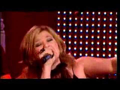 Kelly Clarkson - The Forum Sydney - How I Feel