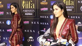 Download lagu Katrina Kaif s GRAND ENTRY at IIFA Awards 2019 Katrina Kaif Looking SUPER GORGEOUS MP3
