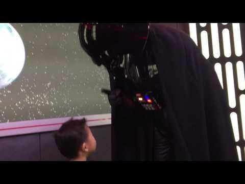 Disneyland Anaheim Star War Interactive w/ Darth Vader - Anakin Skywalker 12.2015