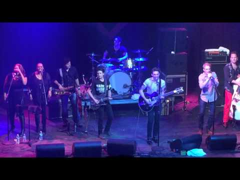Drake Bell and Aaron Carter live at the House of Blues Anaheim performing I Want Candy