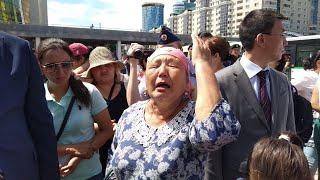 Астанада көп балалы әйелдер наразылыққа шықты / Протест многодетных матерей