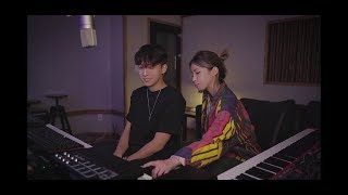 Cover images 헤이즈(Heize) - 비도 오고 그래서 with 다비(DAVII) LIVE VER.