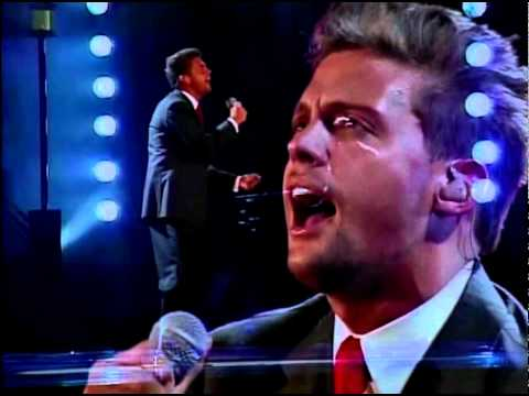 Luis Miguel - Pensar En Ti  ( HD ) El Concierto