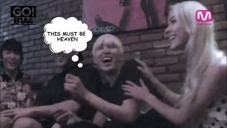 Kpop Idols Showing Their Love To White Girls - Stafaband