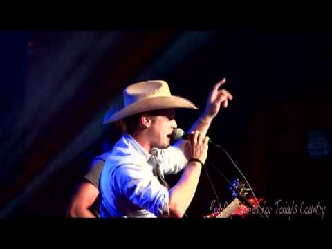 Dustin Lynch Calling Baton Rouge