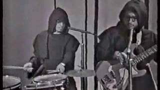 Pobre niña - Los Monjes 1965 - video
