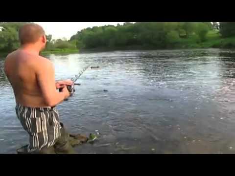 видео ловля хариуса корабликом