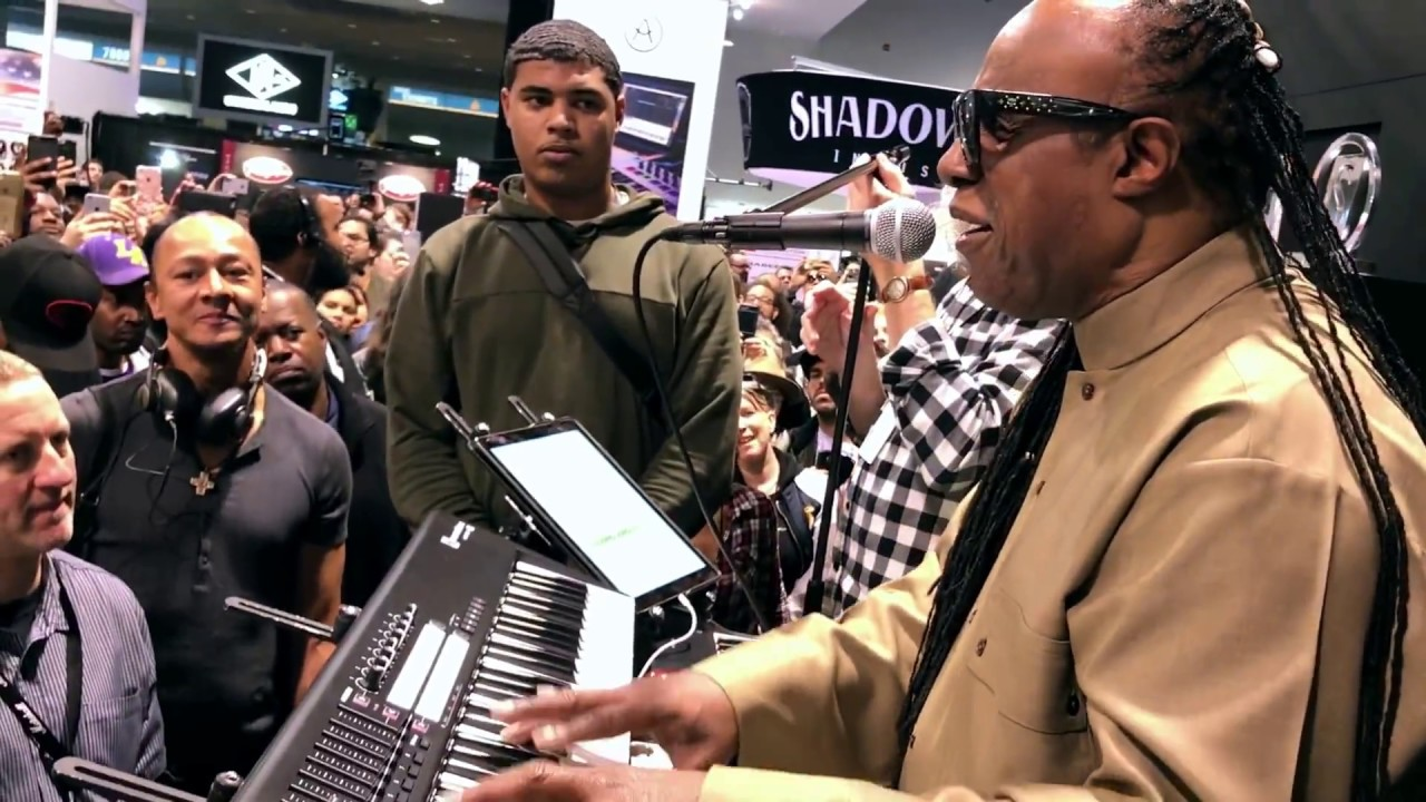 "Stevie Wonder | Improvising on ""Tell Me Something Good"" @ NAMM 2017"