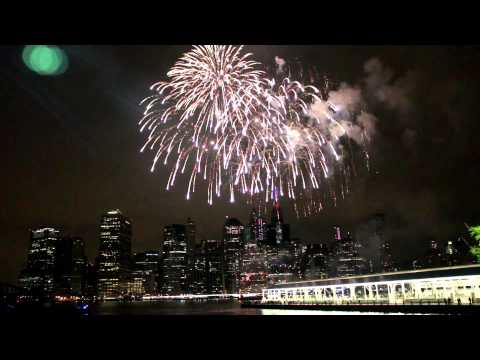 NYC 4th of july 2015 Macy's fireworks Lower Manhattan view.