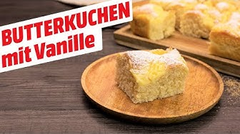 Klassischer Butterkuchen vom Blech mit Vanillecreme