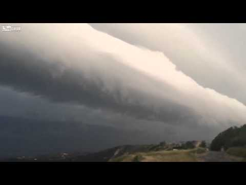 Huge wind speed associated with a gust front of a storm