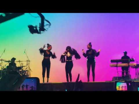 Into it - Camila Cabello live @ Lollapalooza Argentina 2018, Hipódromo de San Isidro