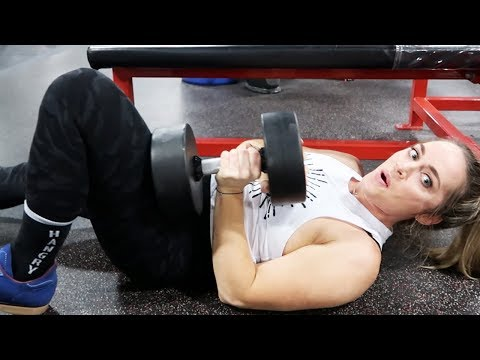 Single Arm Dumbbell Bench Press | Leanna Carr & Tina Tornado | Powerlifting Training Tips
