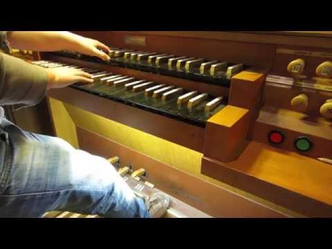 INTERSTELLAR Soundtrack on CHURCH ORGAN (HD)
