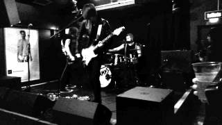 Trampolene - Live @ Upstairs at the Garage 22/05/2014 (3 of 9)