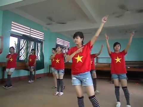 Dân Vũ Quốc Tế QTKD_K7 Phú Xuân 20/11/11