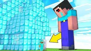 Minecraft Battle - NOOB vs PRO : NOOB BECAME A GIANT ! PRO VS GIANT NOOB MUTANT! (Animation)