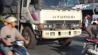 (VTC14)_Nữ sinh bị xe tải cán tử vong trên đường đi học