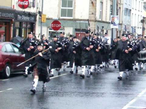 Drumlough Pipe Band, Rathfriland - YouTube