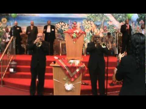 Trompetas: Pres. Carlos Soto y Julio Defer
