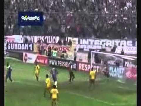 Persib vs Barito Putera (3-2) 3 april 2013 ISL all goals - YouTube