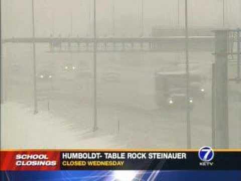 Omaha Gets Snow