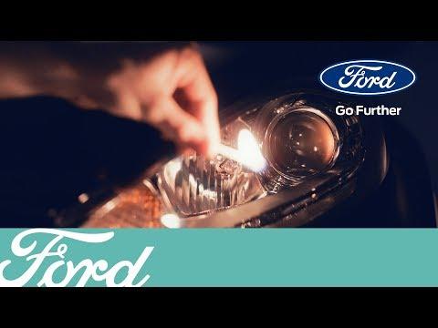 Как поменять лампу в передней фаре | Ford Russia