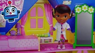 Unboxing y Juego Casa Clínica Doctora Juguetes Doc Is In! Clinic - Juguetes de Doctora Juguetes