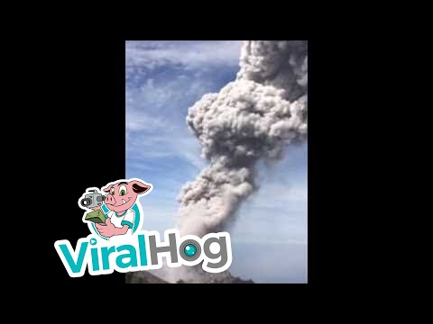 Eruption of Volcán Santiaguito in Guatemala July 1st, 2016