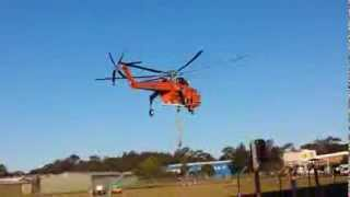Erickson Air-Crane 738 Water Bomber landing after fighting fires in NSW