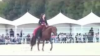 رقص الفرس على اغنية وسع الميدان Arabian horse dance