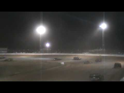 Limited Crash 4-4-2009 Drew County Speedway Monticello AR