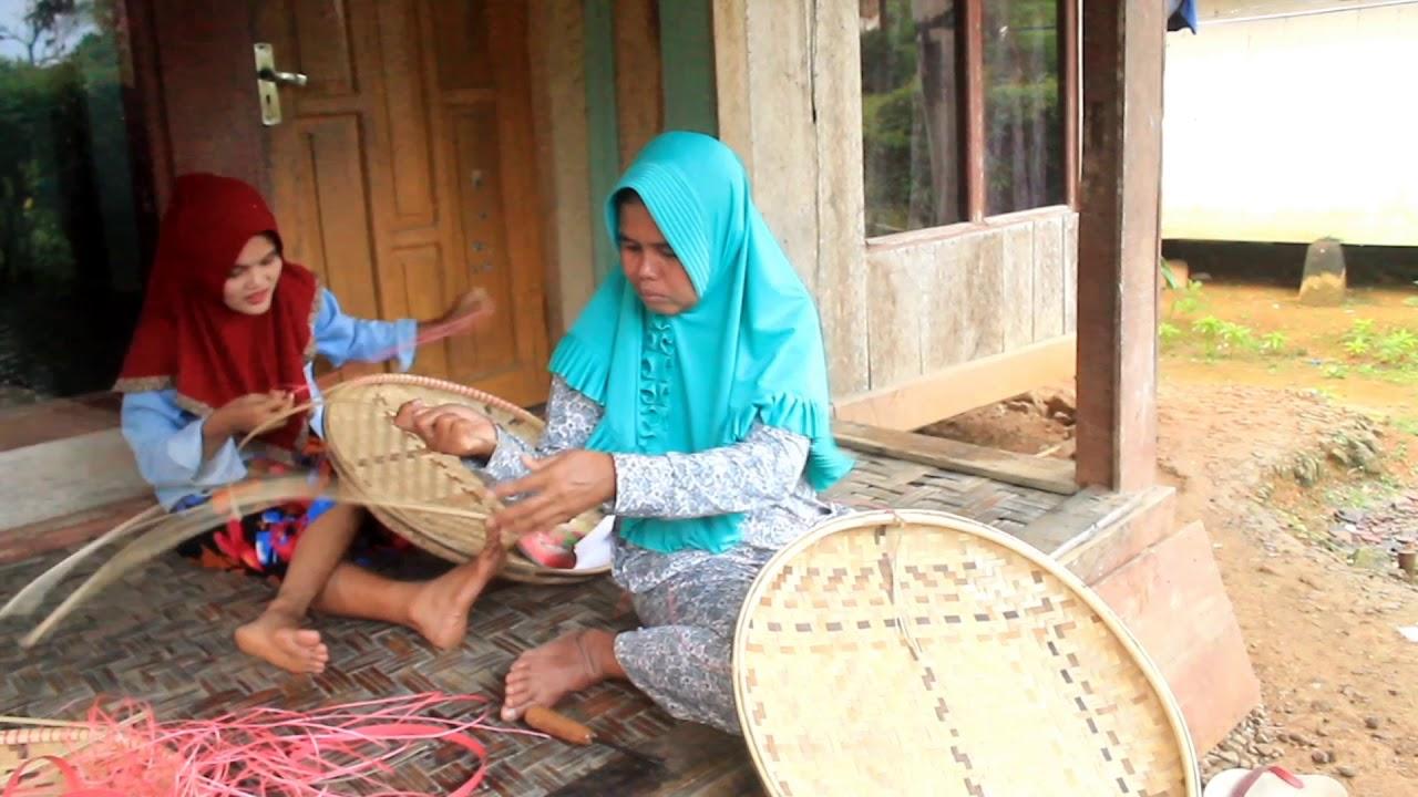 Kerajinan Dari Ranting Bambu