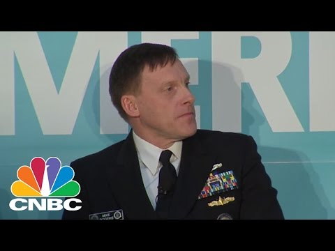 Yahoo Security Officer Confronts NSA Director | CNBC