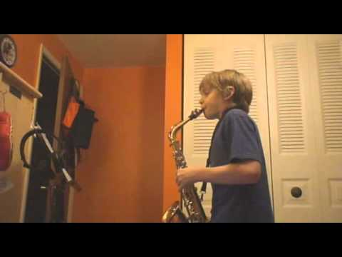 Pink Panther Theme on Alto Sax (With Sheet Music) - YouTube