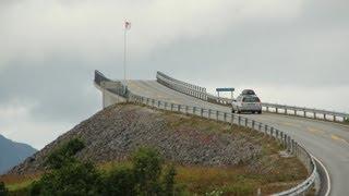 Fahrt entlang der Atlantikstrasse Norwegen