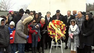 King family, officials commemorate Martin Luther King Jr. Day