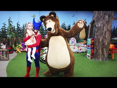 👸-Анна-и-папа-превратились-в-мультяшек-и-теперь-они-Маша-и-Медведь---masha-and-the-bear