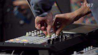"Sylvan Esso - ""Hey Mami"" - KXT Live Sessions"