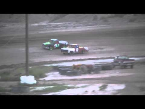 Levi Card #77 wins truck heat one at desert thunder raceway 8/30/14